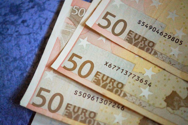 Jak wybierać oferty kredytów długoterminowych?