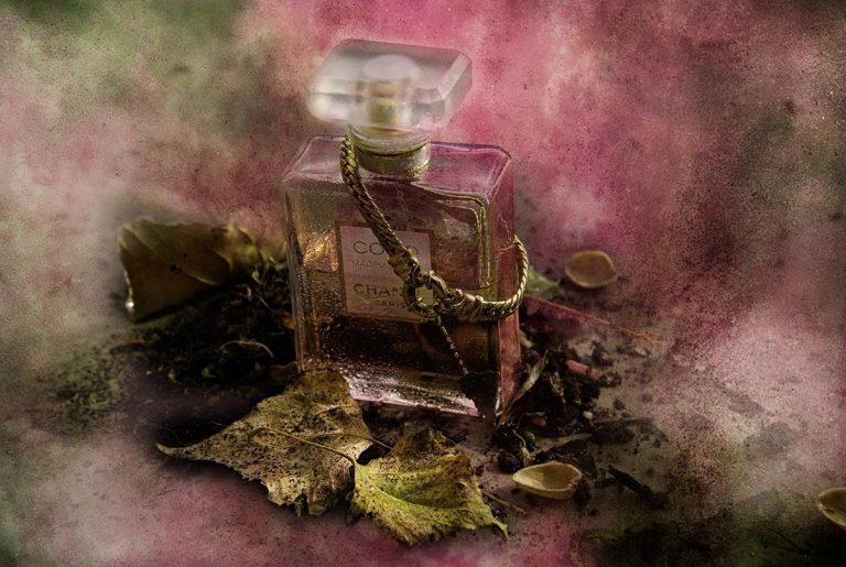 Skąd wzięła się popularność dzisiejszych perfum?